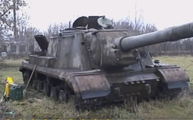 Russians Pulled Out of the Mud Machine from World War II, After 75 Years Still Working